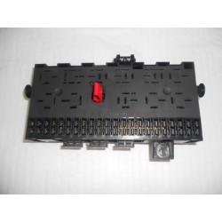 Boîte à fusibles et relais